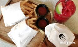 「スリーバンズ(Three Buns)」のハンバーガー