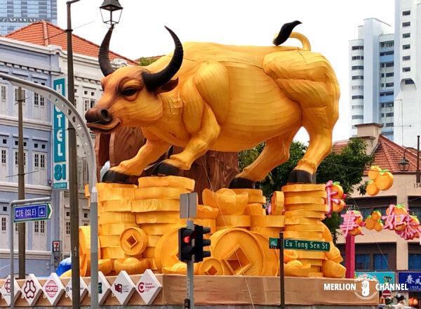 毎年恒例チャイナタウンの干支装飾ー2021は丑(うし)年