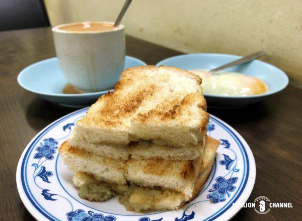 「東亜餐館(Tong Ah)」のカヤトースト