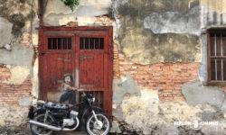 ペナンのストリートアート「Boy on Motorcycle」by Ernest Zacharevic