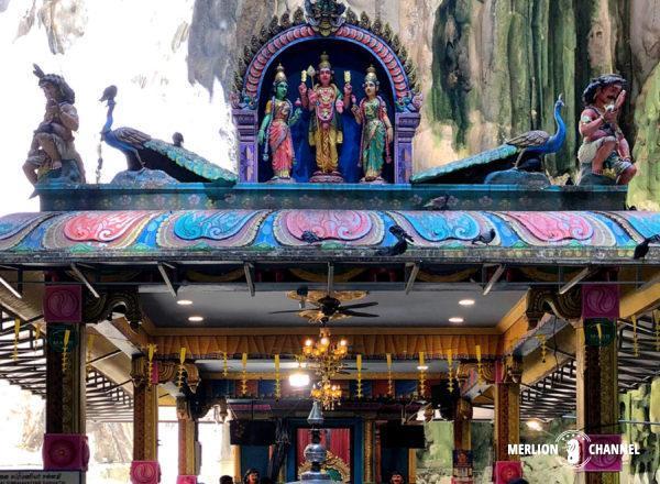 「バトゥ洞窟」の最奥部にあるムルガン神を祀る至聖所