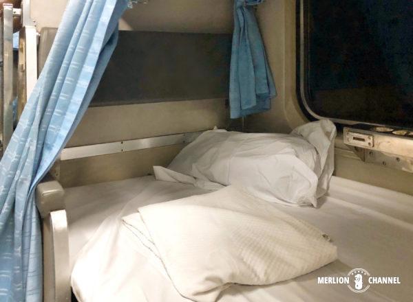 タイ国鉄の寝台特急No.45のベット完成