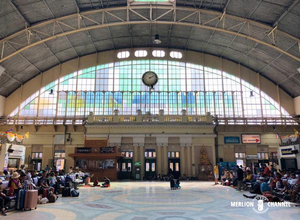 バンコク中央駅「フアランポーン駅」の待合ホール