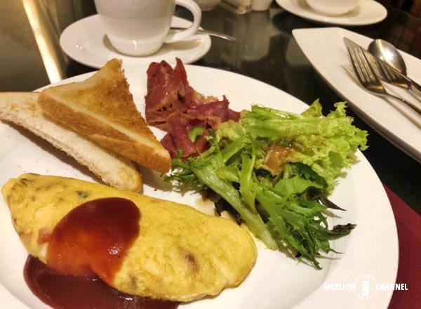 「ザ・マジェスティック・クアラルンプール」2日目の朝食オムレツ