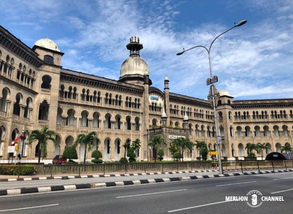 堂々たるマレー鉄道公社ビル(Railway Administration Building)