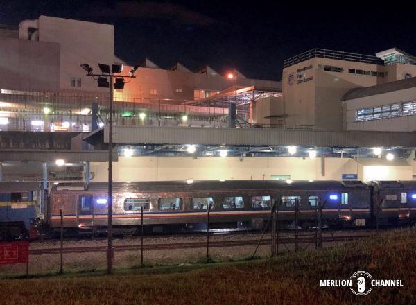 ウッドランズ駅に停車しているマレー鉄道車両