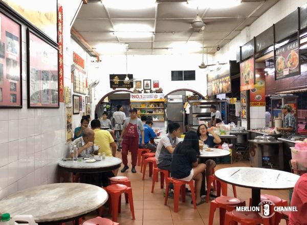 イポーにあるオールドタウンホワイトコーヒー元祖の店「南香茶餐室(Nam Heong)」の店内