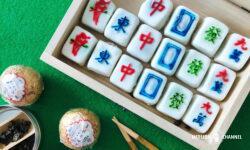 麻雀牌を象ったスノースキンタイプの月餅(ムーンケーキ)
