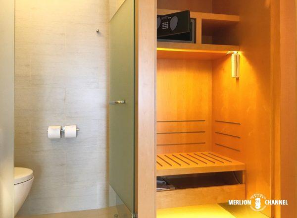 パンパシフィック・シンガポールホテル(Pan Pacific Singapore)のトイレと荷物置き