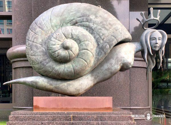 サルバドール・ダリの「スネイル・クイーン」