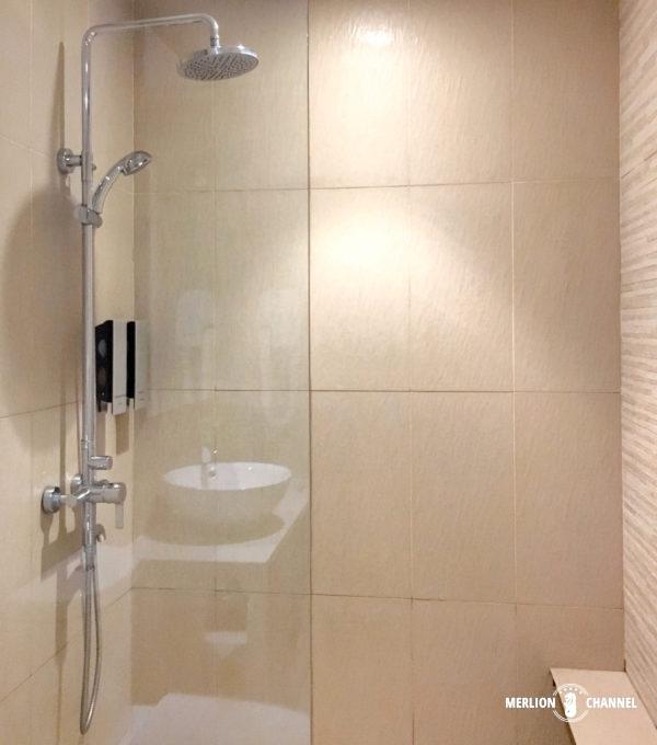 チャンギ空港ターミナル3のラウンジ「Haven」のシャワールーム