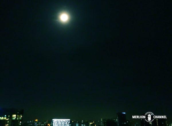 タイプーサムの夜の満月