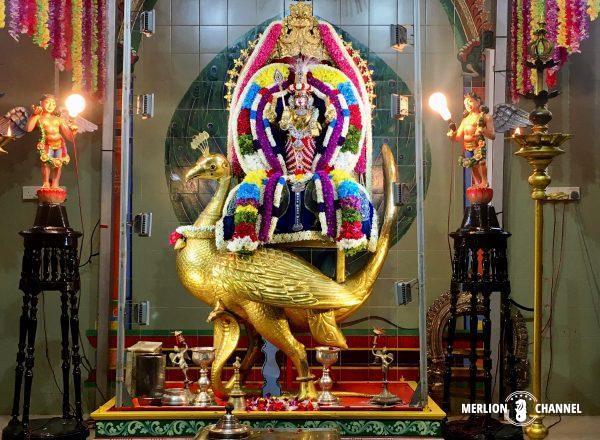 スリ・タンダユタパニ寺院のムルガン神