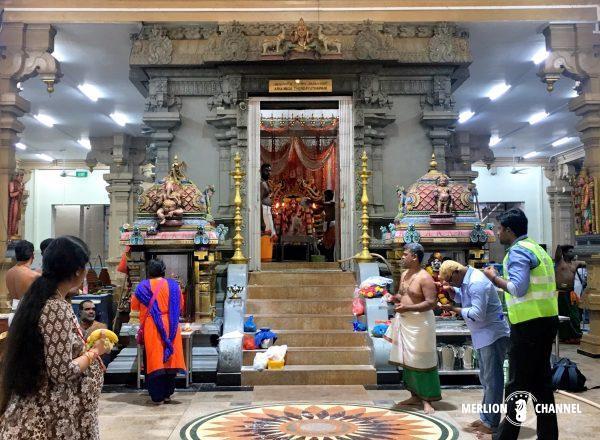 スリ・タンダユタパニ寺院の至聖所