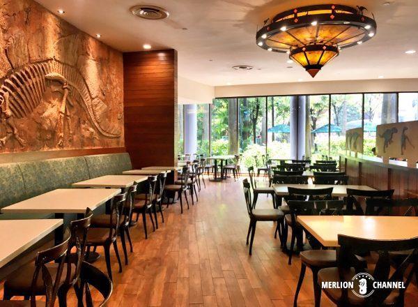 ユニバーサルスタジオ・シンガポール(USS)の「Discovery Food Court」店内