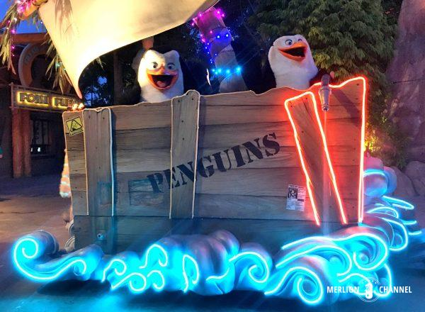 ユニバーサルスタジオ・シンガポール(USS)の「ハリウッド・ライトアップ・パレード」