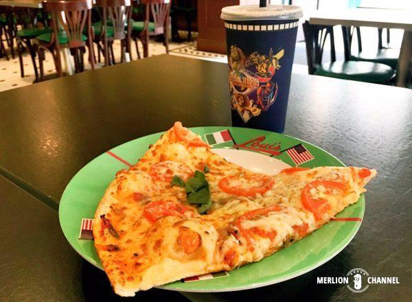 ユニバーサルスタジオ・シンガポール(USS)の「Loui's NY Pizza Parlor」ピザ